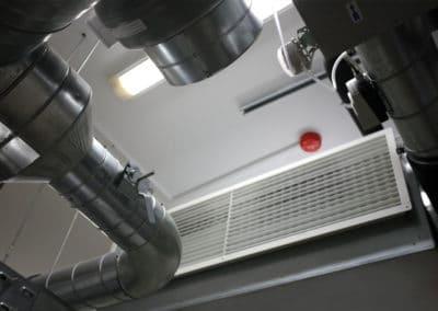 Техническая комната. Воздуховоды. Потолочный кондиционер Soffio.