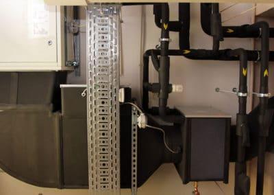 Техническая комната. Воздуховоды. Приточно-вытяжная установка.